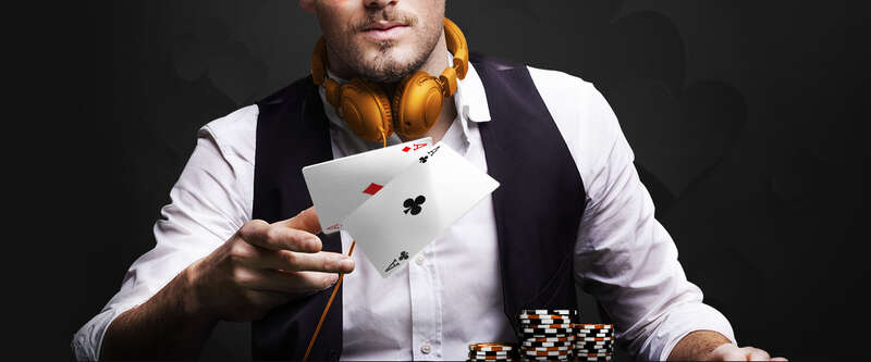 The Basic on How to Play Poker88